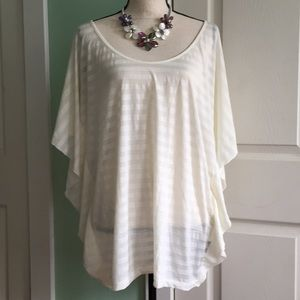 Kardashian kollection cream top blouse Sz.L